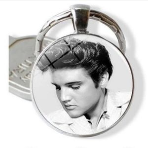 New Elvis Presley The King Silver Tone Keychain.